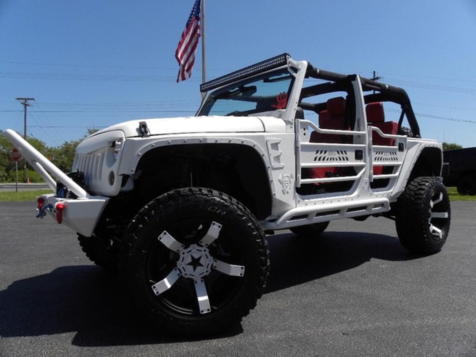 2015 jeep wrangler unlimited iron patriotcustom liftedrockstarsdv8zone florida bayshore automotive. Black Bedroom Furniture Sets. Home Design Ideas