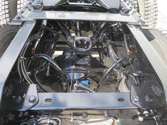 1933090-4-revo