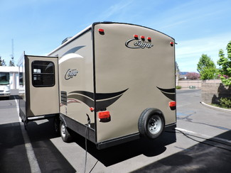 2015 Keystone Cougar 21RSB w/Slide Bend, Oregon 4