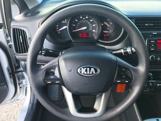 2015 Kia Rio LX Knoxville , Tennessee 17