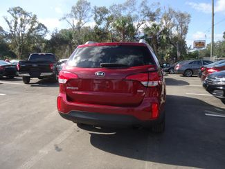 2015 Kia Sorento LX LEATHER. CAMERA. HTD SEATS. UVO SEFFNER, Florida 10
