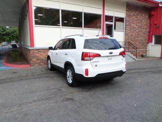 2015 Kia Sorento LX  city CT  Apple Auto Wholesales  in WATERBURY, CT