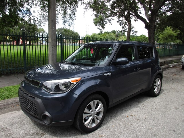 2015 Kia Soul  Come and visit us at oceanautosalescom for our expanded inventoryThis offer excl