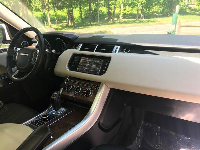 2015 Land Rover Range Rover Sport HSE Engine: 3.0L V6 Supercharged Leesburg, Virginia 21