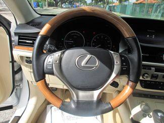 2015 Lexus ES 300h Hybrid Miami, Florida 23