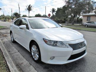2015 Lexus ES 300h Hybrid Miami, Florida 8