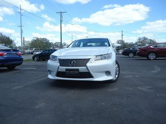 2015 Lexus ES 350 LUXURY NAVIGATION. AIR COOLED AND HTD SEATS. SEFFNER, Florida