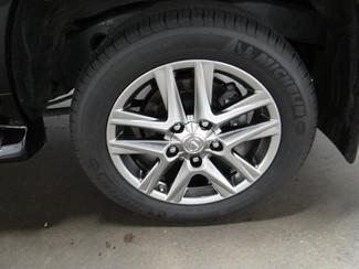 2015 Lexus LX 570 Little Rock, Arkansas 17