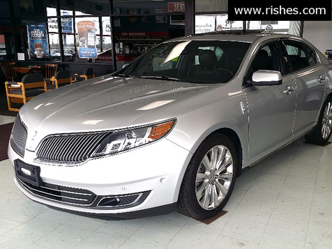 2015 Lincoln MKS AWD,Adaptive Cruise, Lane Keep,Tech Package EcoBoost | Ogdensburg, New York | Rishe's Auto Sales in Ogdensburg, New York