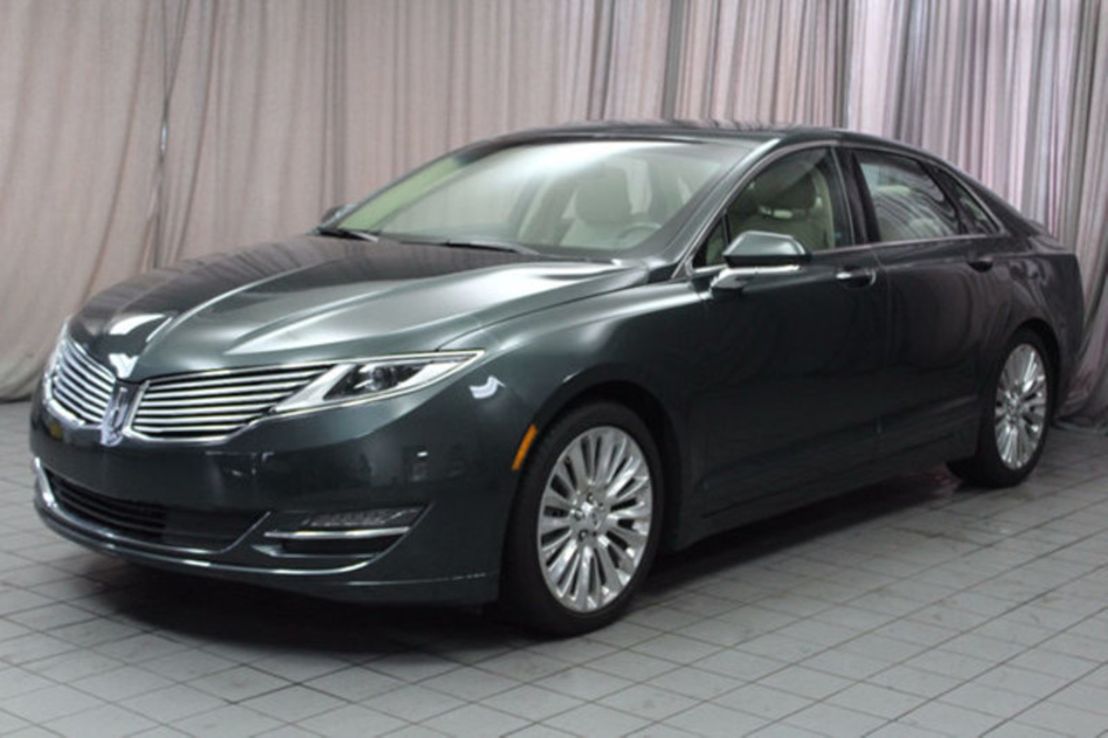 2015 lincoln mkz 4dr sedan awd city oh north coast auto mall of akron. Black Bedroom Furniture Sets. Home Design Ideas