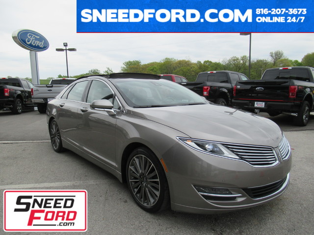 2015 Lincoln MKZ AWD V6 in Gower Missouri