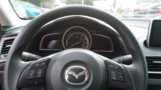 2015 Mazda Mazda3 i Sport East Haven, CT 12