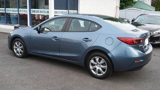 2015 Mazda Mazda3 i Sport East Haven, CT 32