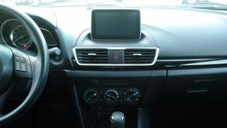 2015 Mazda Mazda3 i Sport East Haven, CT 10