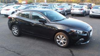 2015 Mazda Mazda3 i Sport East Haven, CT 30