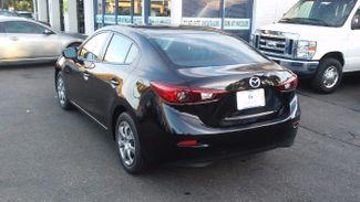 2015 Mazda Mazda3 i Sport East Haven, CT 31