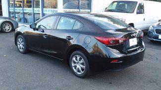 2015 Mazda Mazda3 i Sport East Haven, CT 32