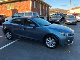 2015 Mazda Mazda3 i Sport Knoxville , Tennessee