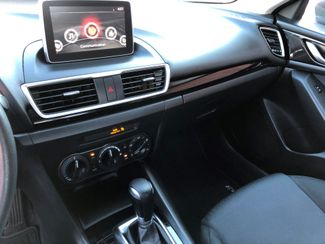 2015 Mazda Mazda3 i Sport Knoxville , Tennessee 26