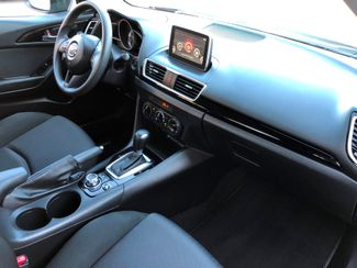 2015 Mazda Mazda3 i Sport Knoxville , Tennessee 53
