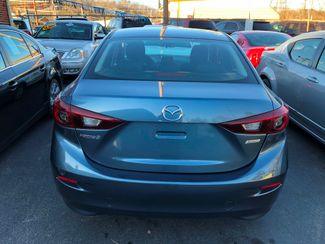 2015 Mazda Mazda3 i Sport Knoxville , Tennessee 37
