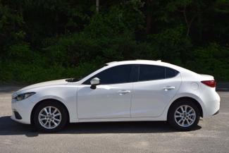 2015 Mazda Mazda3 i Touring Naugatuck, Connecticut 1
