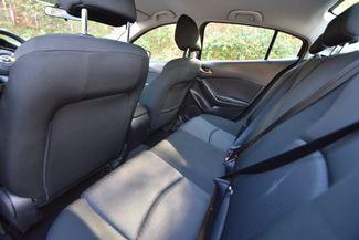 2015 Mazda Mazda3 i Sport Naugatuck, Connecticut 10