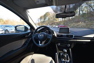 2015 Mazda Mazda3 i Touring Naugatuck, Connecticut 17