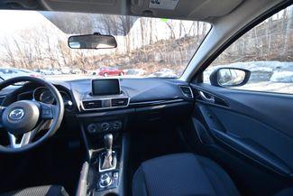 2015 Mazda Mazda3 i Touring Naugatuck, Connecticut 13