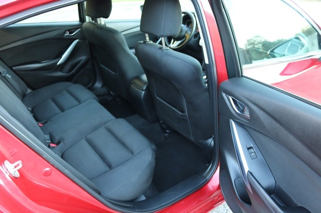 2015 Mazda Mazda6 i Sport Mooresville, North Carolina 15