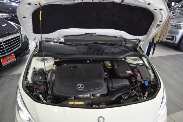 2015 Mercedes-Benz CLA 250 CLA250 4MATIC Coupe Richmond Hill, New York 4