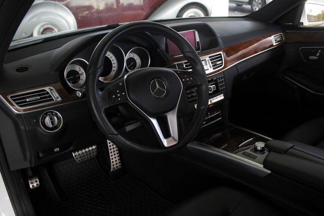 2015 Mercedes-Benz E 350 Sport AWD 4MATIC - NAV - PANO SUNROOF! Mooresville , NC 29