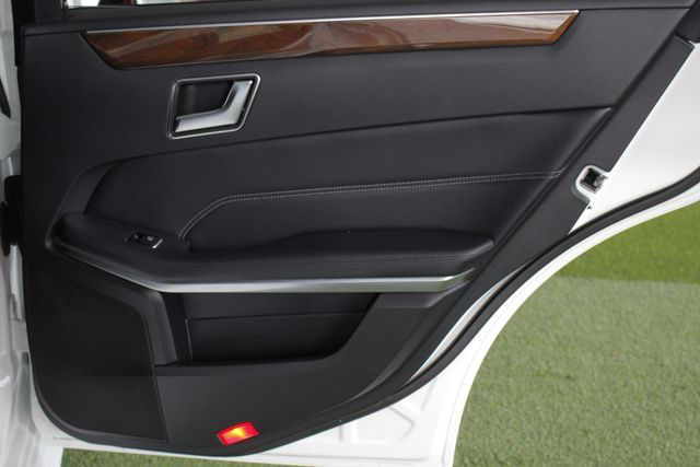 2015 Mercedes-Benz E 350 Sport AWD 4MATIC - NAV - PANO SUNROOF! Mooresville , NC 45