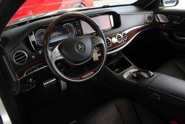 2015 Mercedes-Benz S 550 4MATIC AWD - SPORT, PREMIUM & DRIVER ASSIST PKGS! Mooresville , NC 38