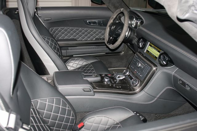 2015 Mercedes-Benz SLS AMG GT Final Edition Houston, Texas 15