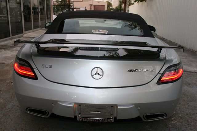 2015 Mercedes-Benz SLS AMG GT Final Edition Houston, Texas 4