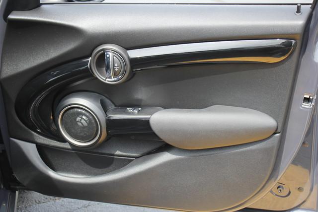 2015 Mini Hardtop 4 Door S-NAV-AUTO-ROOF! Mooresville , NC 37