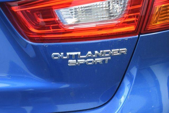2015 Mitsubishi Outlander Sport SE Richmond Hill, New York 10
