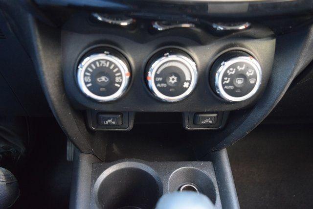 2015 Mitsubishi Outlander Sport SE Richmond Hill, New York 25