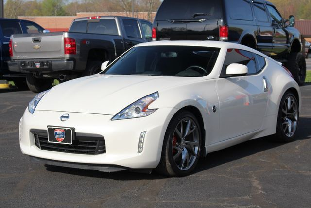 2015 Nissan 370Z Sport - 6-Speed Manual! Mooresville , NC 20