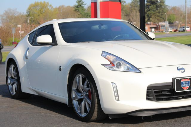 2015 Nissan 370Z Sport - 6-Speed Manual! Mooresville , NC 21