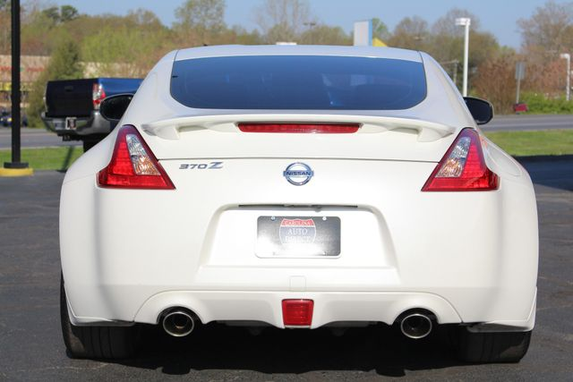 2015 Nissan 370Z Sport - 6-Speed Manual! Mooresville , NC 15