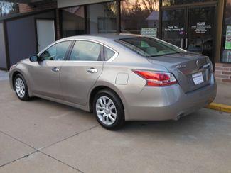 2015 Nissan Altima 2.5 S Clinton, Iowa 3
