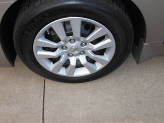 2015 Nissan Altima 2.5 S Clinton, Iowa 4