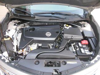 2015 Nissan Altima 2.5 S Clinton, Iowa 5