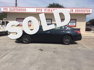 2015 Nissan Altima 2.5 S Devine, Texas
