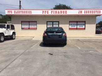 2015 Nissan Altima 2.5 S Devine, Texas 1