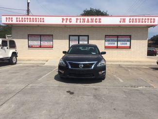 2015 Nissan Altima 2.5 S Devine, Texas 3