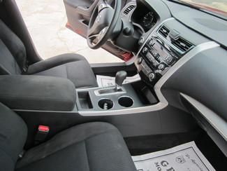 2015 Nissan Altima 2.5 S Houston, Mississippi 7