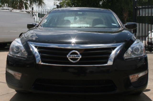 2015 Nissan Altima 2.5 S Houston, Texas 0